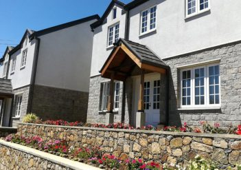 Nuwara Eliya Lakeside Cottages